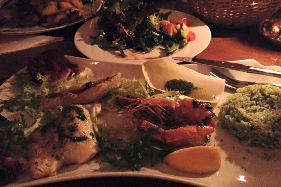 Fischgrill Platte im Cafe Jacques